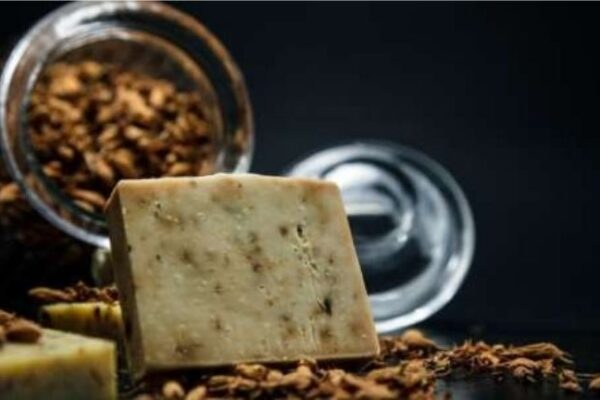 A Review of African Black Soap as Shampoo